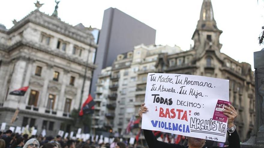 El Gobierno argentino lanza la campaña #AmorEs contra los noviazgos violentos