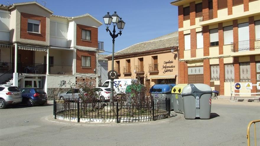 Plaza de la Independencia de Villafranca de los Caballeros / Ayuntamiento