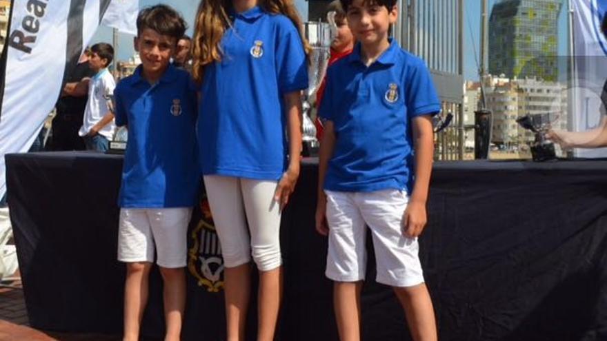 Ezequiel (izquierda), Daniela y Mario.