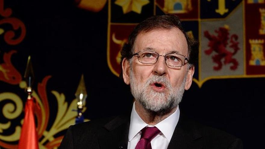 Rajoy apela a la unidad de los españoles para superar los retos del país