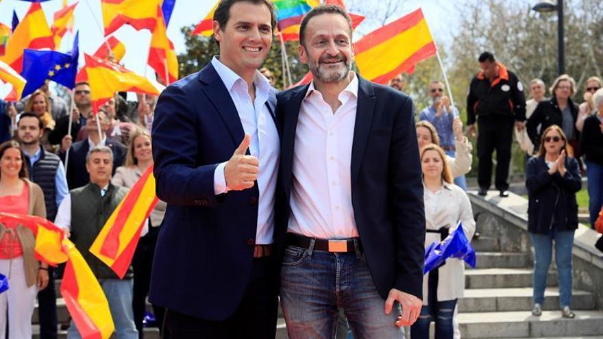 Edmundo Bal en un mitin de campaña con Albert Rivera