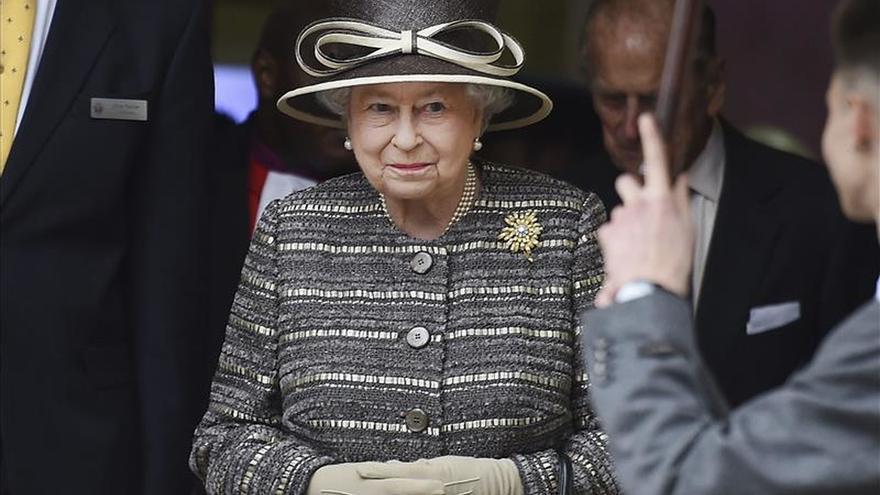 Isabel II viaja a Malta para la reunión de la Commonwealth