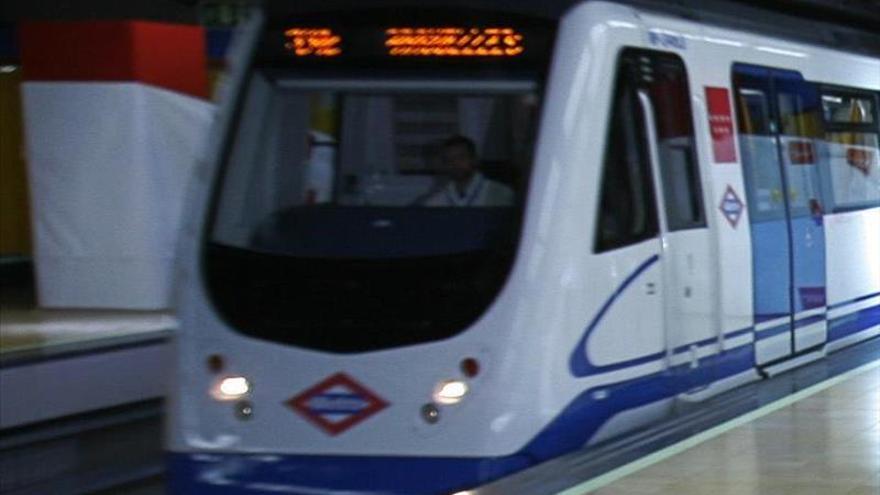 ADIF remodelará la fachada y acceso al Metro en la estación madrileña de Chamartín