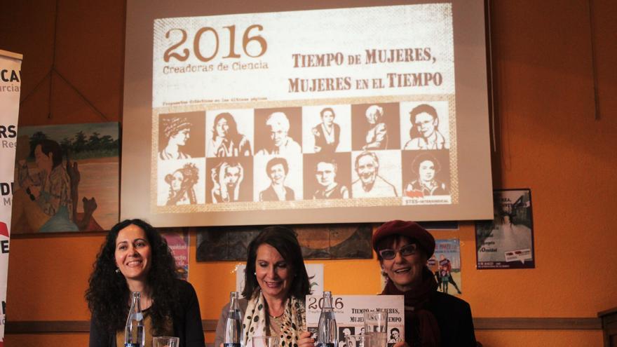 Ana Río, Ángela Molina y Alicia Poza en la presentación del calendario / PSS