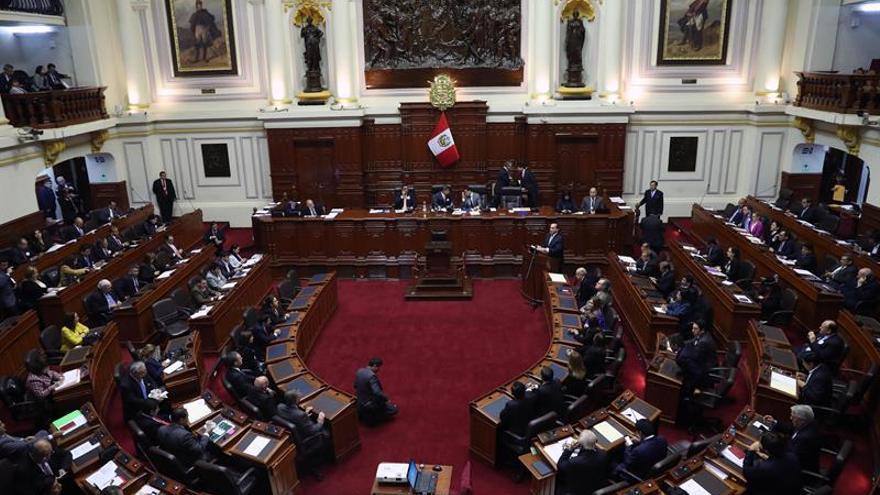 El primer ministro de Perú pide al Congreso un voto de confianza para su gabinete