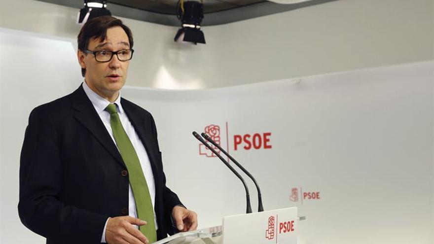 """El PSC """"conmemorará"""" la Constitución, frente al """"desafío"""" de los concejales soberanistas"""