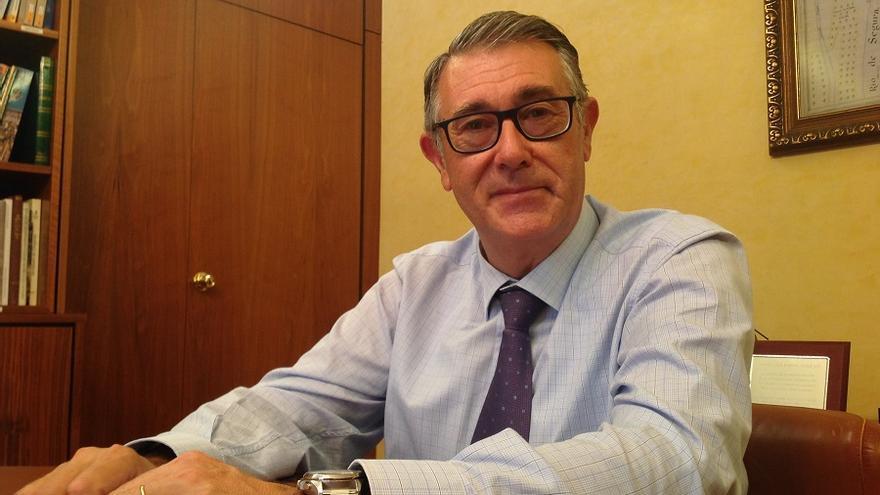 Mario Urrea, presidente de la Confederación del Segura, tras la entrevista a eldiarioclm.