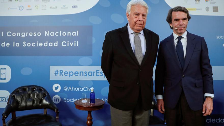 Felipe González y José María Aznar en el arranque del I Congreso de la Sociedad Civil.