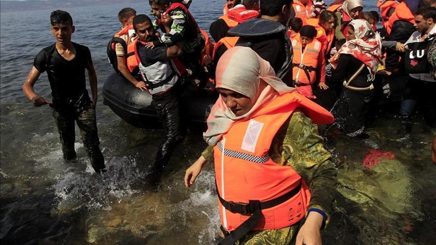 Tres personas, entre ellas un niño, mueren en un nuevo naufragio en la isla griega de Farmakonisi