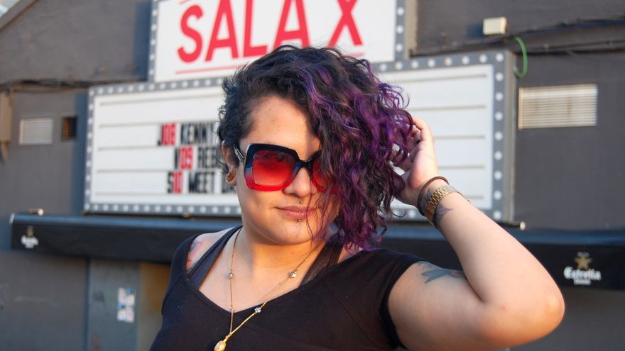 Rebeca Lane frente a la Sala X