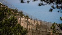 Marruecos coloca sus propias concertinas en la frontera con Melilla