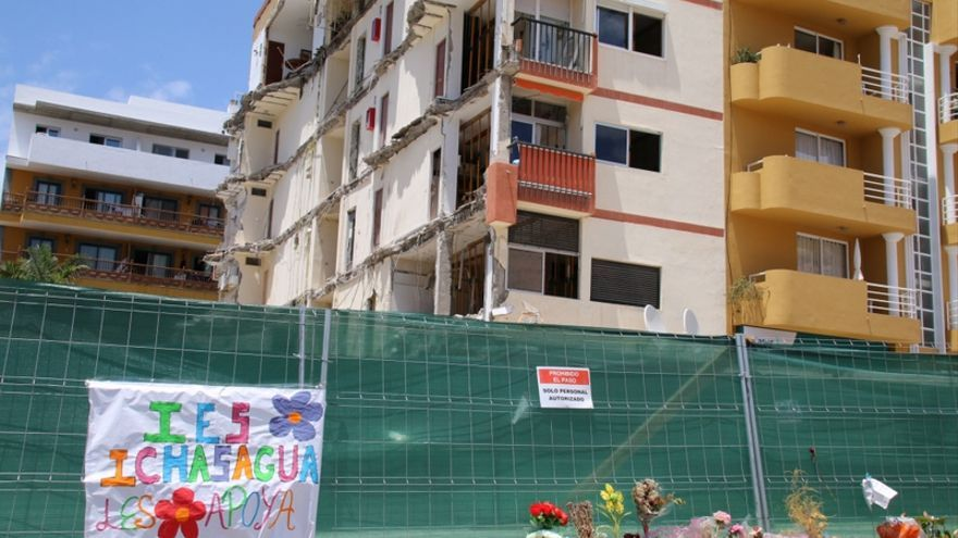 El edificio que se derrumbó parcialmente en la localidad de Los Cristianos / Ayuntamiento de Arona