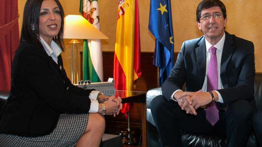El Parlamento andaluz adelanta el debate del estado de la comunidad a enero, víspera del 40 aniversa ...