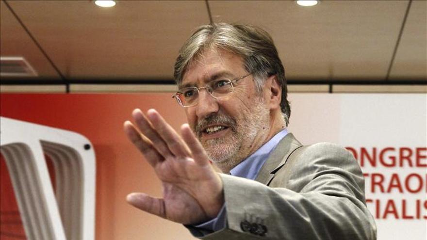 Tapias ofrece renovación en profundidad del PSOE y reconstrucción del proyecto
