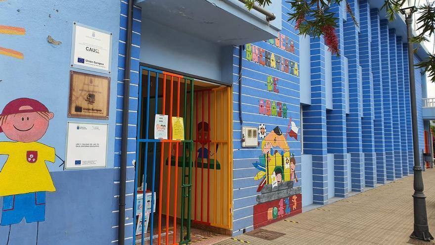 Movilización para reclamar la segunda unidad de la Escuela Unitaria Buenavista de Breña Alta