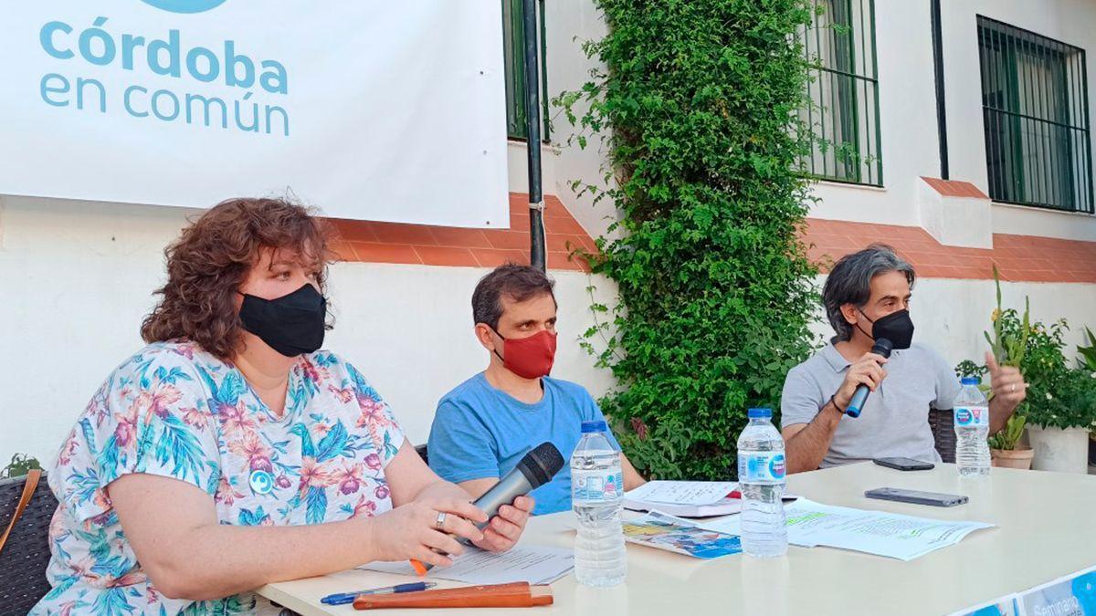 Olga Ramírez, presidenta de Córdoba en Común ; Juan Escribano y Carlos Arce.