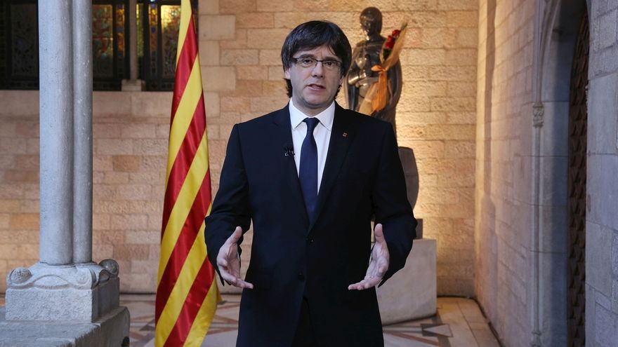 Puigdemont dice que trabaja para que las selecciones catalanas puedan competir oficialmente
