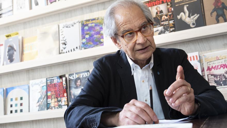 """Andrés Rabago García, más conocido como el """"El Roto"""", publica el libro 'Contra muros y banderas'"""