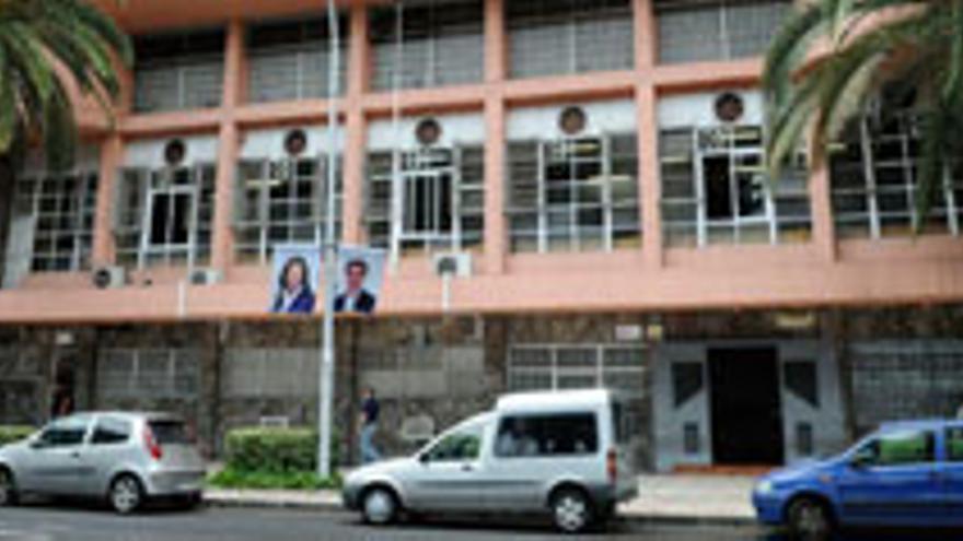 Los estibadores no logran recuperar sus antiguos edificios