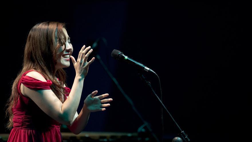 Úyanga Bold, en un momento de su actuación del 5 de mayo pasado en el Auditorio de Tenerife