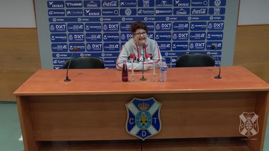 Johanna Díaz, en la sala de prensa del Heliodoro.