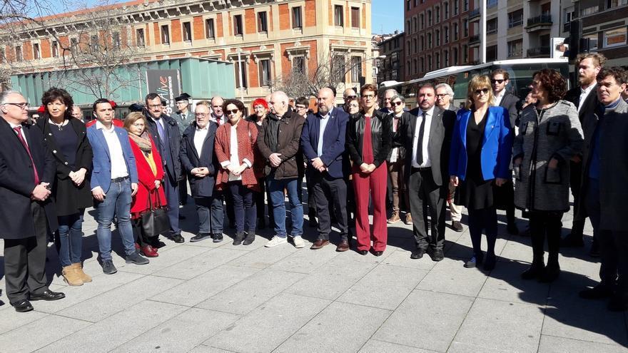 Las instituciones de Navarra rinden homenaje a las víctimas del terrorismo con un acto en Pamplona
