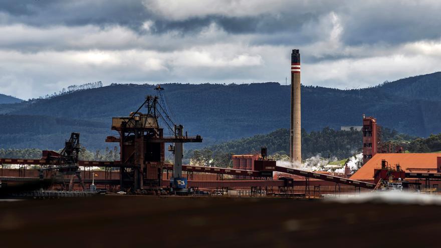 La factoría de Alcoa en Lugo sigue funcionando un año después del ERE