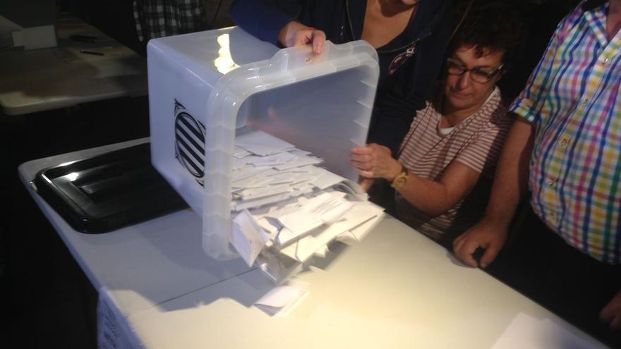 Recuento definitivo del referéndum, según el Govern: participación del 43% con un 90% de votos del 'sí'