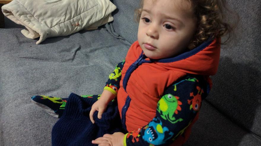 La niña refugiada enferma Qamar y su familia han entrado en el cupo para venir a Murcia