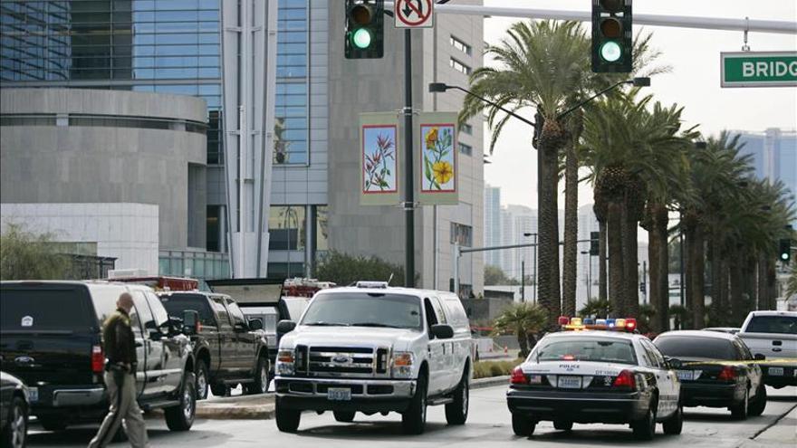 Al menos un muerto y 37 heridos en un atropello en Las Vegas