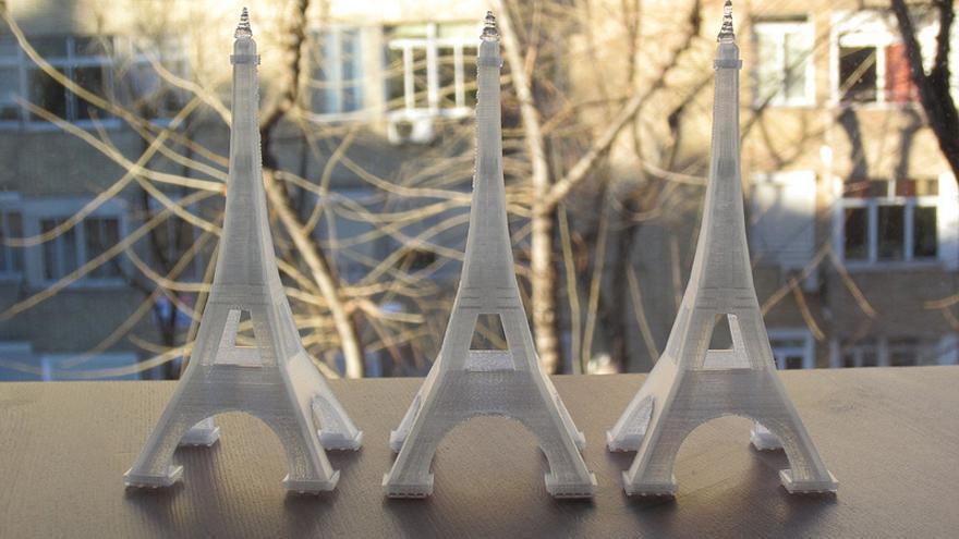 Torres Eiffel hechas con una impresora 3D