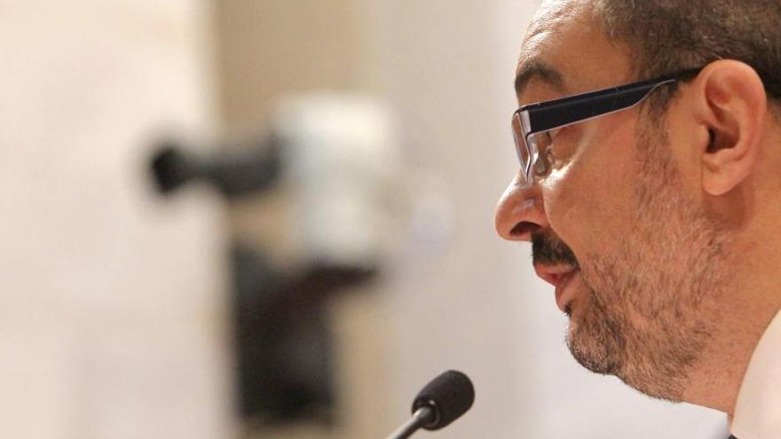 """Los """"barones"""" del PSOE ven con recelo abrir sus primarias autonómicas"""