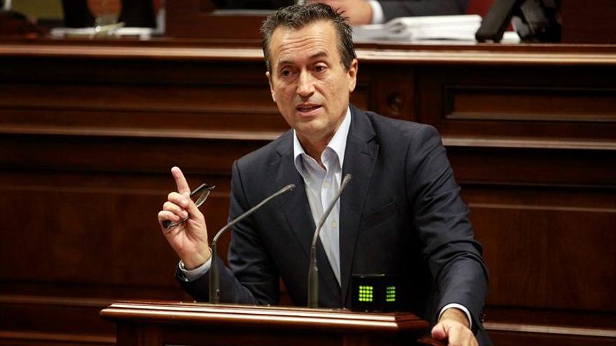 """CC anuncia su """"humilde"""" apoyo a Sánchez y confía en que se sume el PNV"""