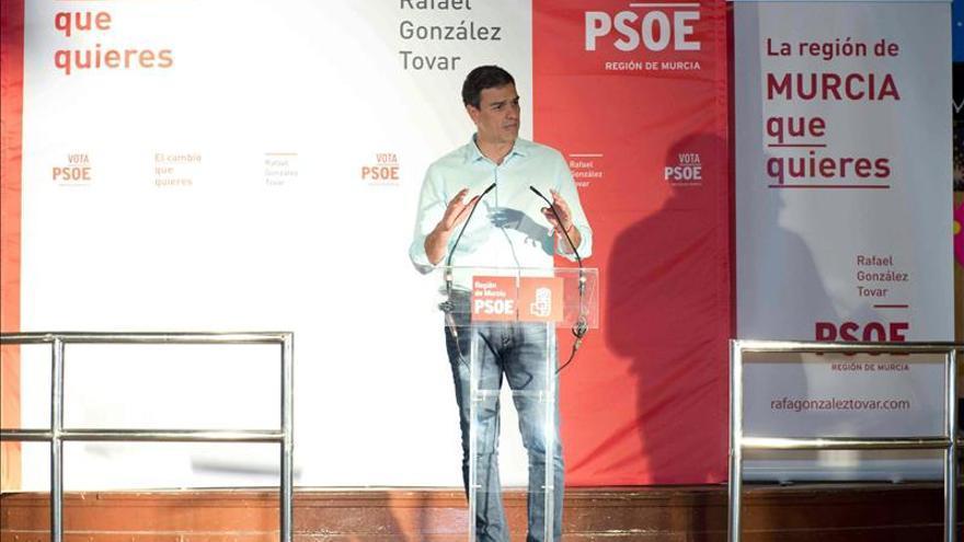 """El PSOE denuncia en un vídeo la """"trituradora"""" de derechos laborales del PP"""