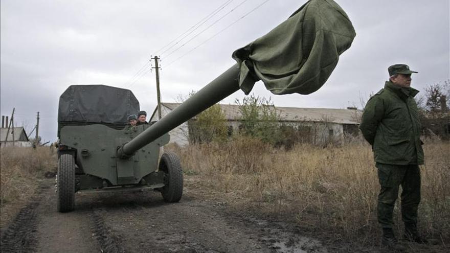 El mando ucraniano denuncia violaciones al alto el fuego por parte de los prorrusos