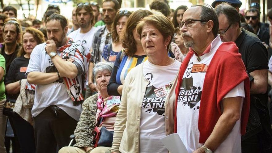 Los padres de Iñigo Cabacas seguirán buscando justicia para su hijo