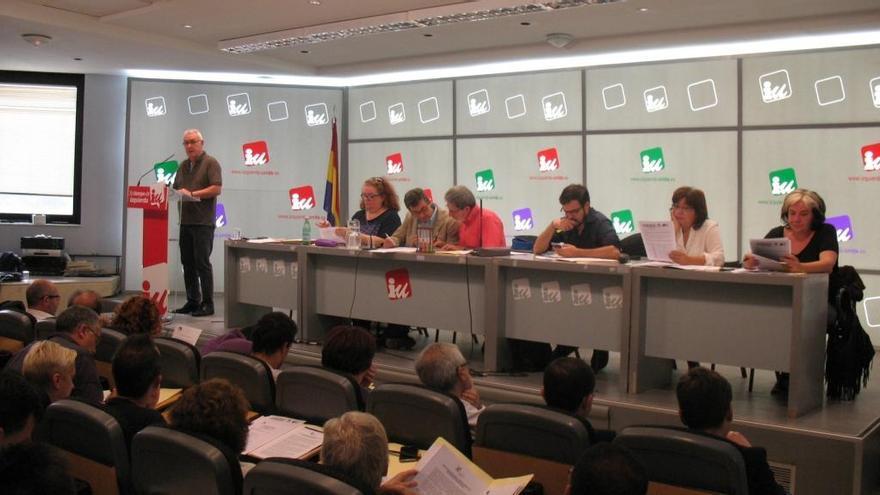 Cayo Lara se dirige a la Presidencia federal de IU. / Mariano Asenjo (IU)