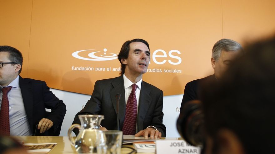 Aznar reaparece en el Comité Ejecutivo Nacional del PP tras el retroceso electoral del PP en las generales