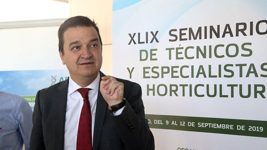 El consejero de Agricultura en las Jornadas de Horticultura