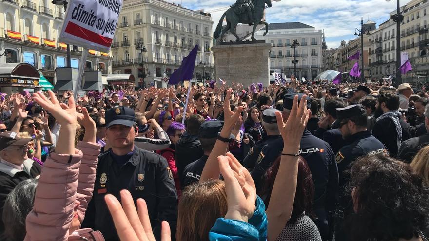 Una manifestación contra la sentencia de 'la manada' en la Puerta del Sol.