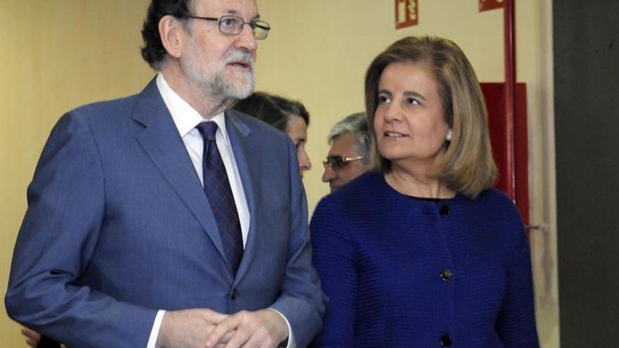 """Rajoy ve una """"excelente noticia"""" los datos del paro y """"acicate"""" para perseverar"""