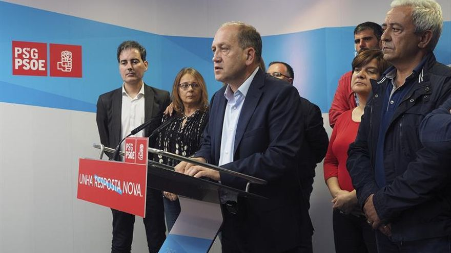El varapalo en Galicia y Euskadi complica el futuro a Sánchez