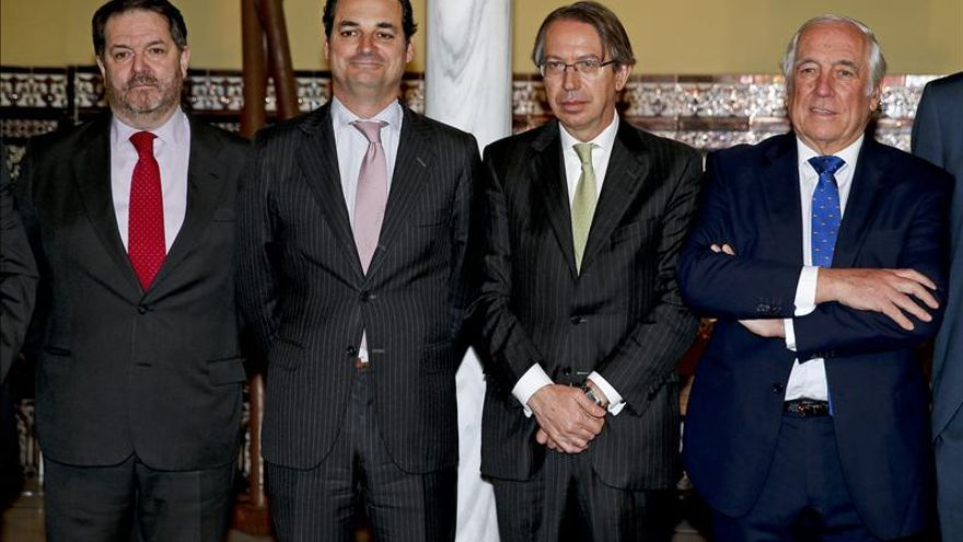 Bieito Rubido con el presidente de la Corporación RTVE, Leopoldo González-Echenique