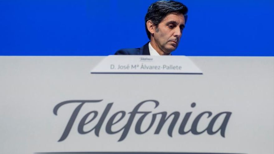 Telefónica gana un 2,76 % más en el primer semestre y rebaja de nuevo deuda