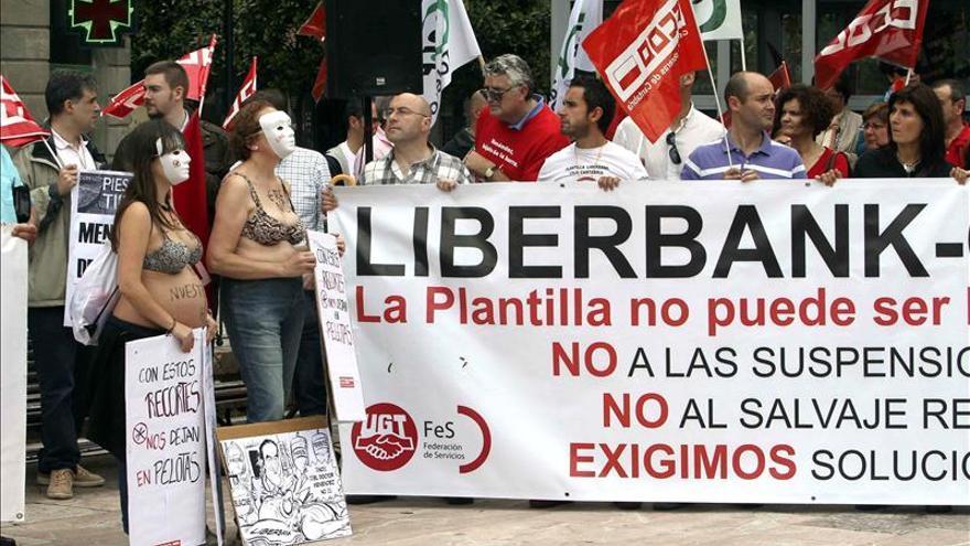 """Los trabajadores de Liberbank esperan que la justicia anule un ERTE """"injusto"""""""