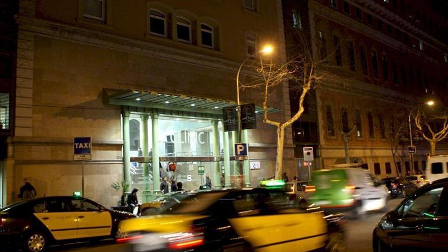 Un joven apuñala a dos hombres y mata a uno de ellos en Barcelona