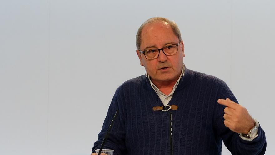 """Cornejo sobre si aspiraría a dirigir el PSOE-A: """"No está en mis pensamientos en estos momentos, cada cosa a su..."""