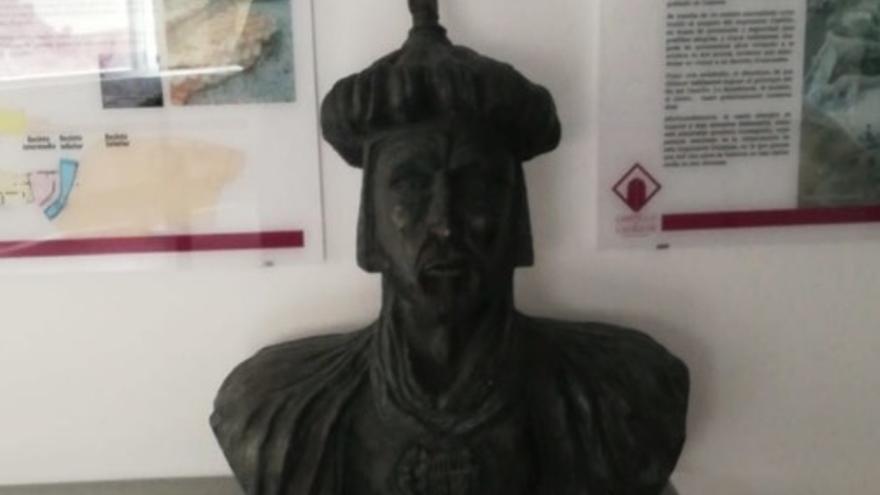 Busto de Abderraman III que se ha retirado de la plaza de Aragón de Cadrete