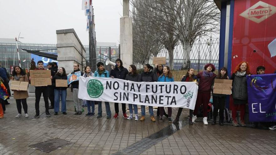 Claims actions at the beginning of the week of negotiations at COP25