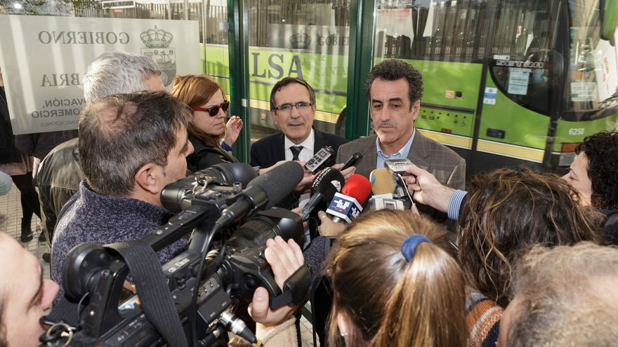 """Martín reafirma la """"vocación"""" del Gobierno cántabro por la cuenca del Besaya"""